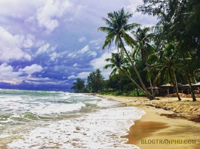 Bãi biển tuyệt đẹp và cực kỳ trong lành