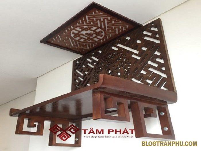 Bàn thờ treo tường Tâm Phát làm bằng gỗ cao cấp