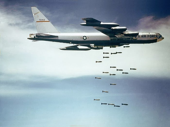 B52 đại chiến – Game bắn máy bay siêu thực số 1