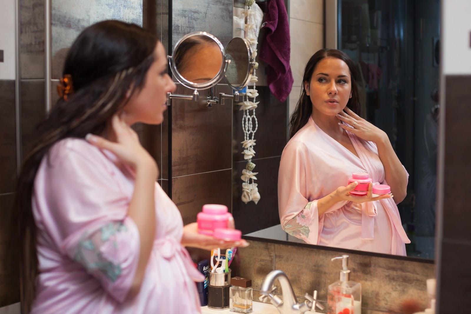 Cần chú ý gì khi chăm sóc da mặt cho bà bầu?