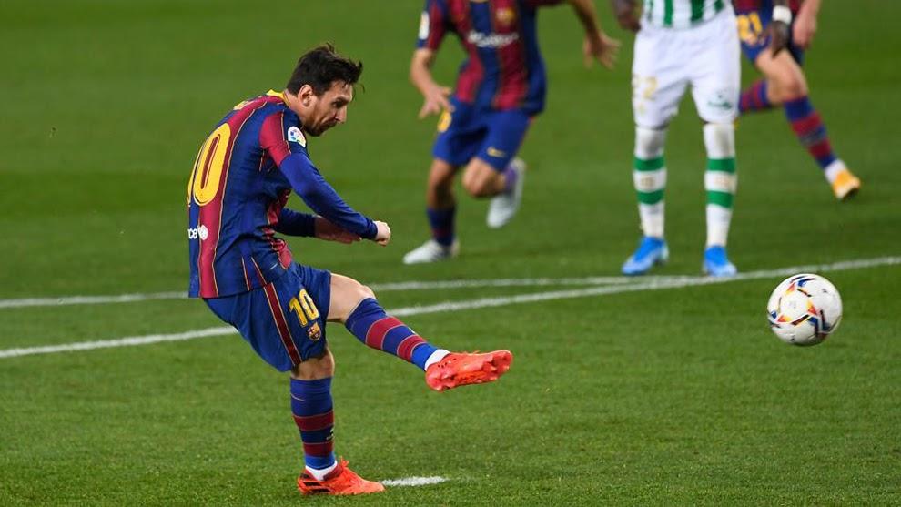 Tìm hiểu chi tiết về luật đá Penalty trong bóng đá