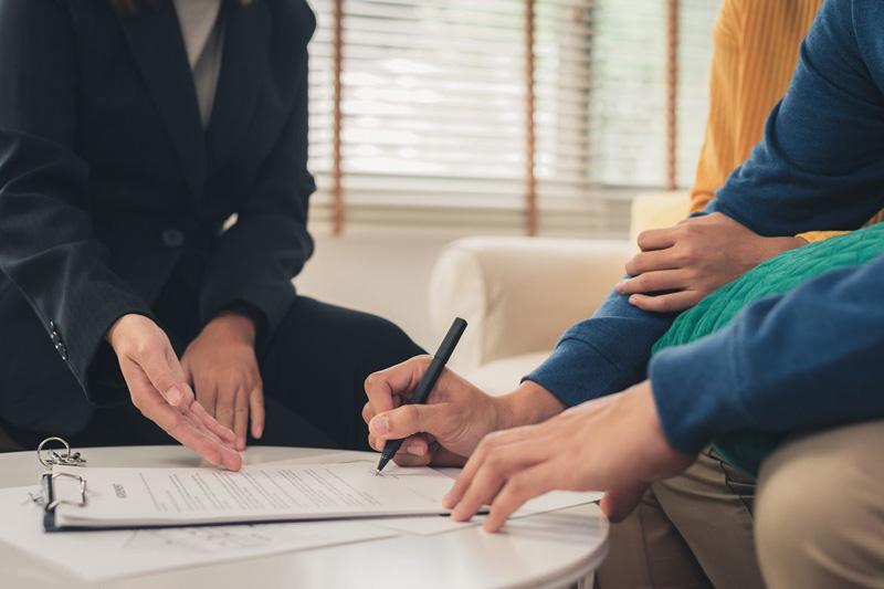 Kinh nghiệm vay tiền trả góp ngân hàng: thủ tục đơn giản, lãi suất thấp
